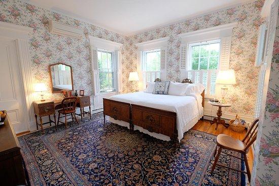 Normandy Room - Liberty Hill Inn
