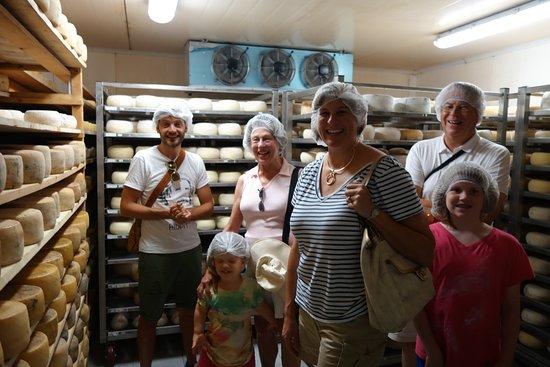Peccioli, Italien: Cheese Factory tour