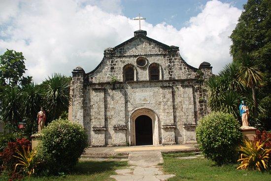 Bisayas, Filipinas: Navalas Church