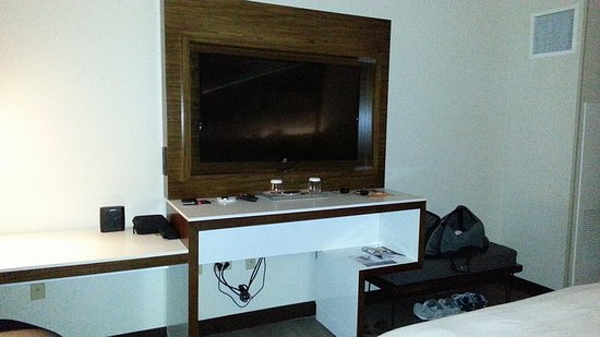 But Table Tv. Good Tv Tables With But Table Tv. Elegant Pub Tv But ...