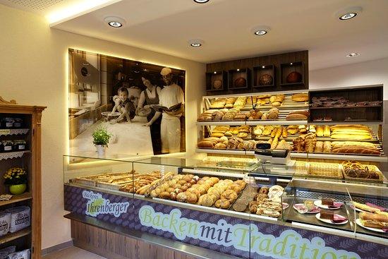 Bäckerei Ihrenberger: Blick in den Verkaufsraum