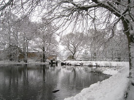 Matlock, UK: Lumsdale millpond in Winter