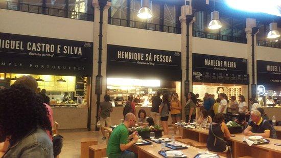 Alma-Henrique Sa Pessoa : At the Mercado da Ribeiro