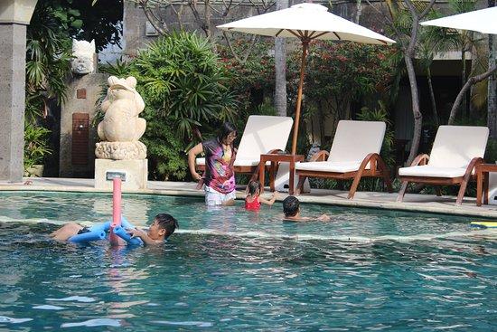 Adhi Jaya Hotel Bild