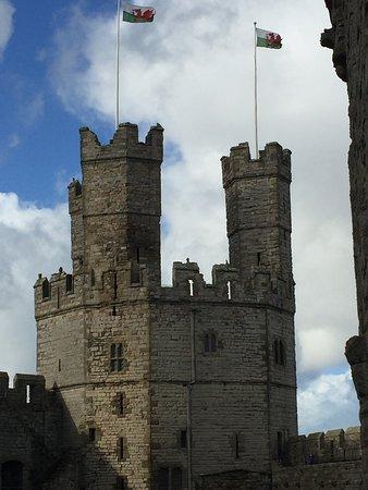 卡纳芬城堡