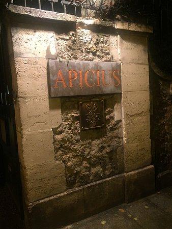 Apicius: photo1.jpg