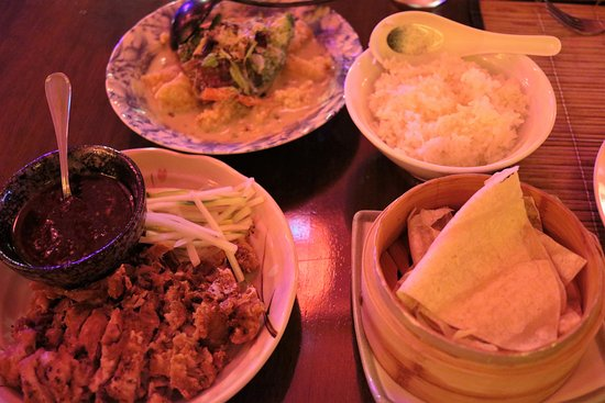South Hill, Anguila: Thai Green Curry & Crispy Duck Pancakes