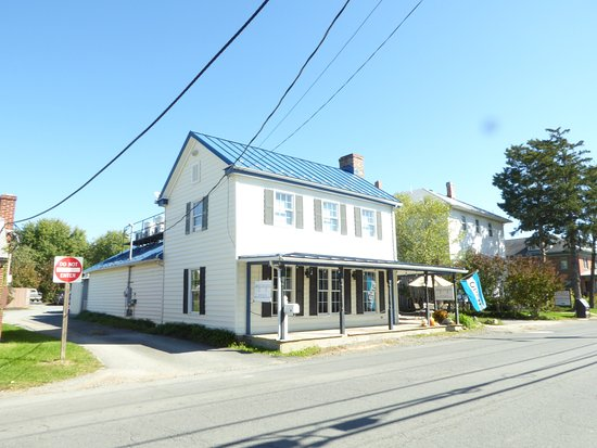 Lovettsville, VA: Exterior