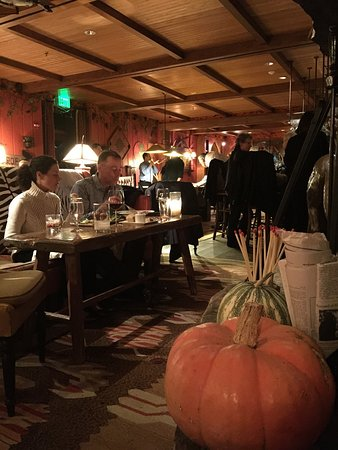 Maggie's Pub: photo1.jpg