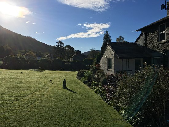 Dunmail House: Stunning area especially when the sun is out and a fabulous 5 Star B&B, pictures don't lie, enjo
