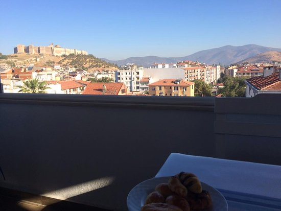 Urkmez Hotel: My view while having breakfast on the rooftop