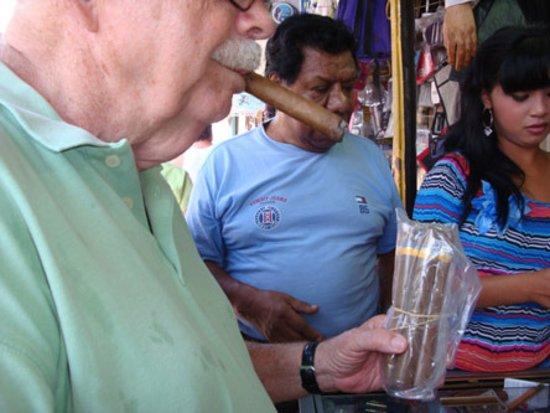 Mercado Municipal: Were they really Cuban cigars...or fakes.