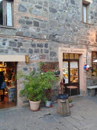 Radicofani, Italia: 20161015_182414_large.jpg