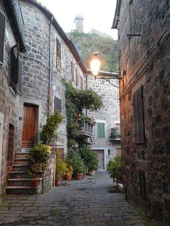 Radicofani, Italia: 20161015_182335_large.jpg