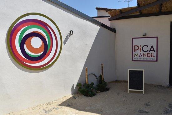 Languedoc-Rosellón, Francia: The Logos