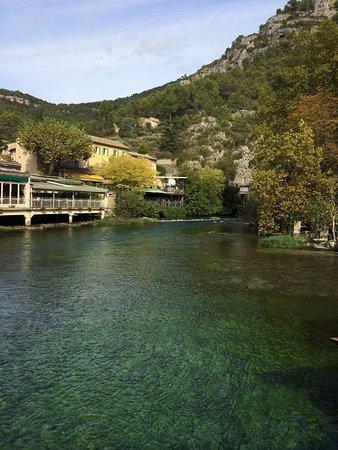 Fontaine de Vaucluse, فرنسا: photo2.jpg