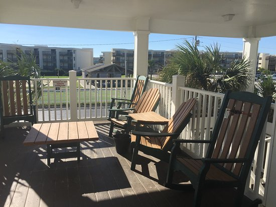 islander picture of islander inn suites emerald isle. Black Bedroom Furniture Sets. Home Design Ideas