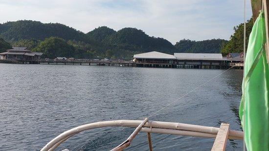 Socorro, Filipiny: The resort as seen from the boat