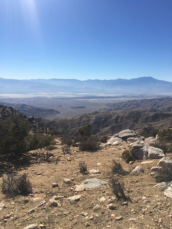 Twentynine Palms, Californien: What an amazing spot! Didn't prepare to visit, but when we realized how close we were, we had to