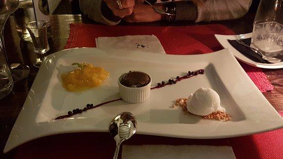 restaurant grad socerb special desert