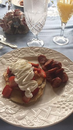 Carrington House Bed and Breakfast: Scrumptious breakfast
