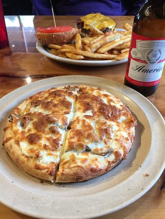 Coram, MT : pizza with alfredo sauce, feta and mushrooms