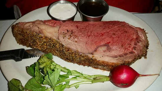 Grimes, IA: Prime rib 9, Fettuccine Alfredo 4, chips 8 service 7 on a scale 1 to 10. Maybe Chef Mike isn't b