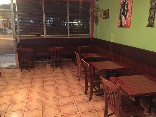 North Miami, FL: área de las mesas