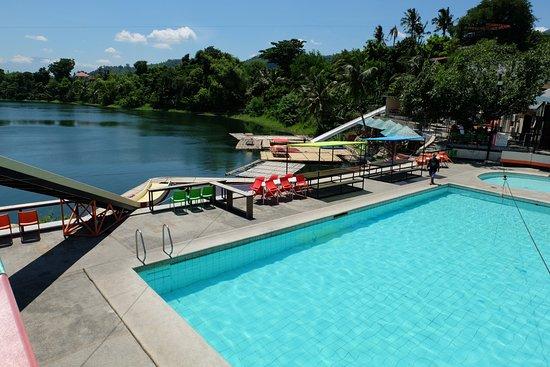 Laresio lakeside resort spa updated 2018 campground for Bano beach resort