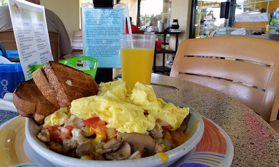 Juno Beach, فلوريدا: Abundant food in this (reportedly) best-selling selection-- the GBS Skillet