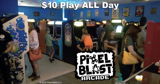 Lisle, IL: $10 Play All Day