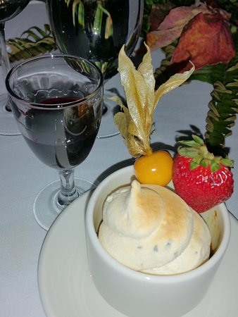 Madeira Park, Canada: A play on a cappuccino....rosemary meringue on a mushroom brûlée, a real unexpected delight.