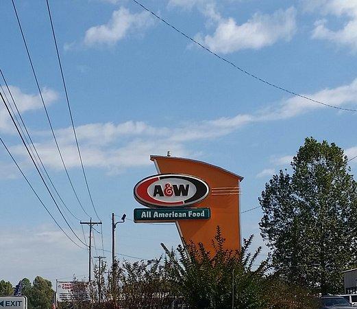 Siloam Springs, Арканзас: A&W Restaurant