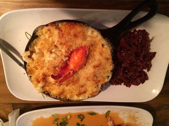 Bomoseen, VT: lobster mac