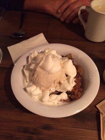 Bomoseen, Вермонт: apple crisp