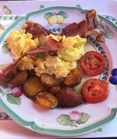Alpenhorn Bed and Breakfast Inn : Breakfast not to be forgotten