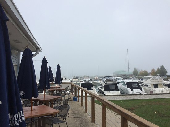 Winthrop Harbor, IL: Eat and Enjoy the View