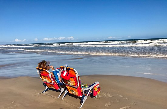 Padre Island National Seashore: Very relaxing by this beach.  We have a four wheel drive vehicle but it's not needed on this bea