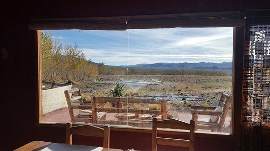 Hotel Pukarainca: Aquí se desayuna y ésta es su vista.