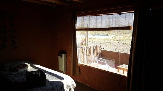Hotel Pukarainca: Vista a la pileta desde la habitación.