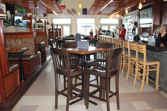 Port Carling, Canada: Bar area