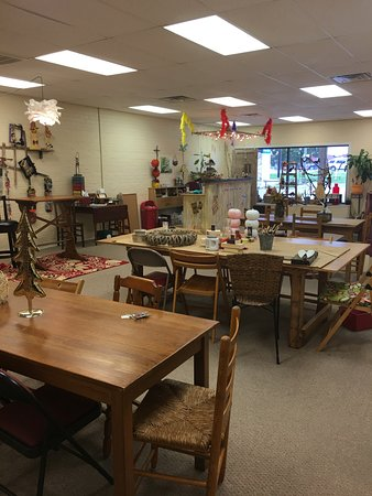 Granbury, TX: Spacious area to create or have a Birthday party!!