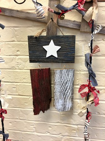 Granbury, TX: Fun Workshops- Come in and make this Texas flag (everything supplied and easy to make)