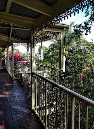 Cooroy, Australia: Front balcony of the Federation Cottage.