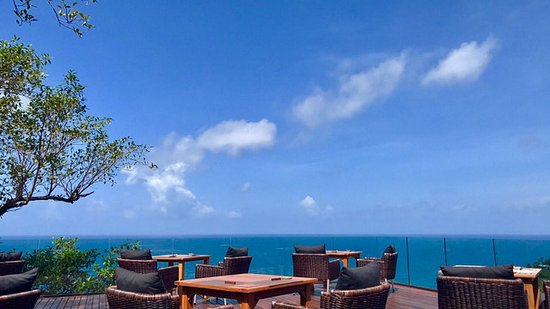 Paresa Resort Phuket: View from the restaurant at breakfast time