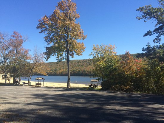 Mauch Chunk Lake Park: Beach area. Mauch Chunk Lake. Mid-October 2016.