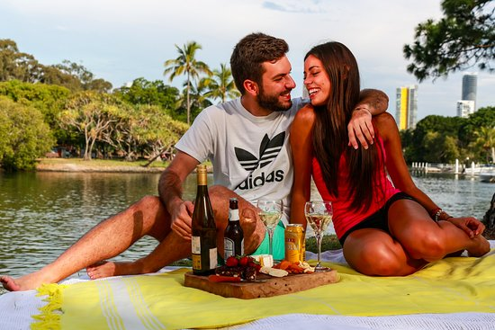 Broadbeach, Australien: Romantic Picnic package available