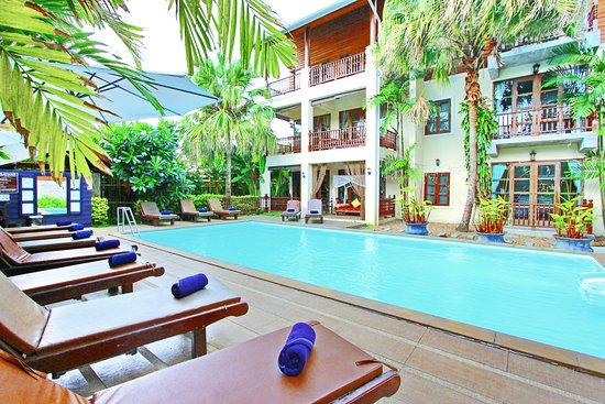 瓦納時維套房度假酒店