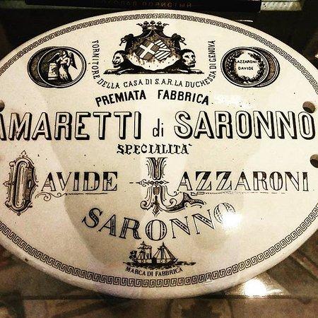 Caslano, Suisse : Targa degli Amaretti di Saronno
