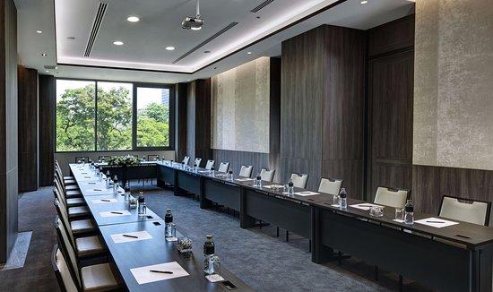 Bliston Suwan Park View : Function Room
